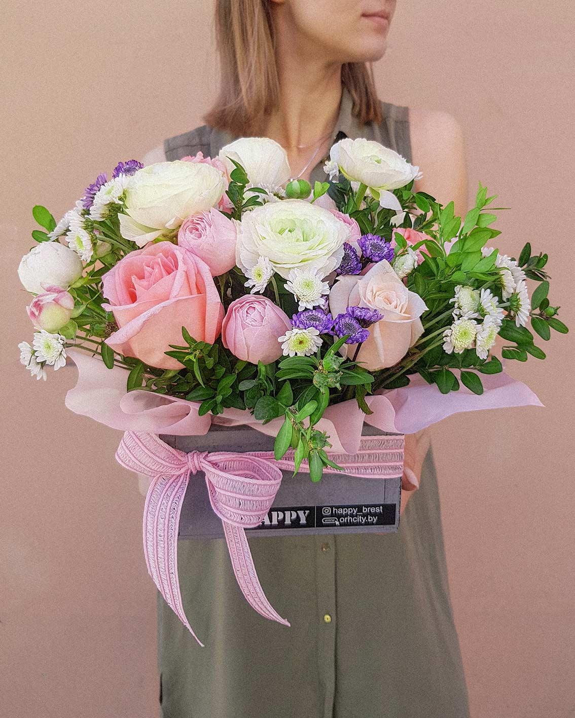 букет красивых цветов купить в Бресте