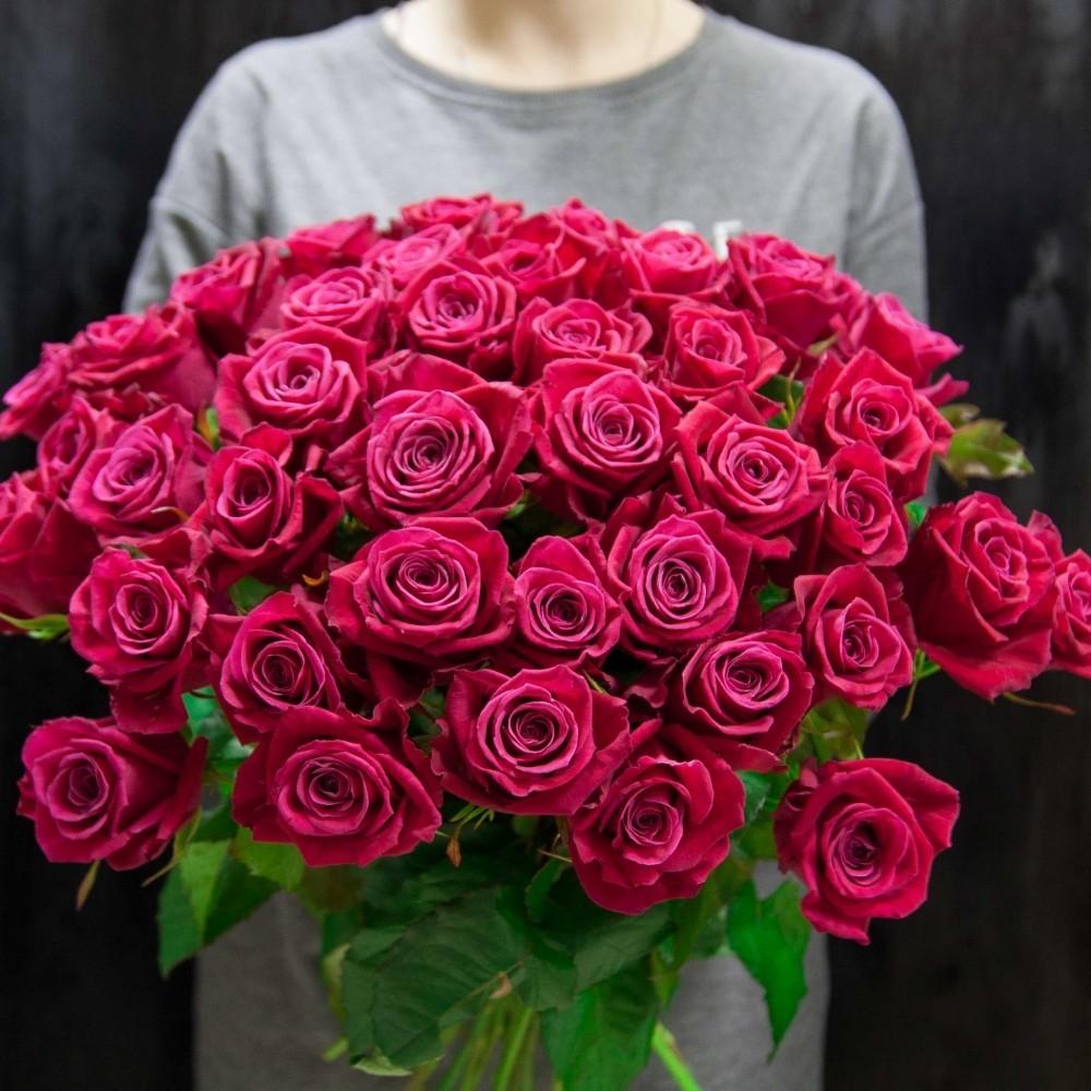 Профессиональная доставка букетов роз от магазина цветов в Бресте