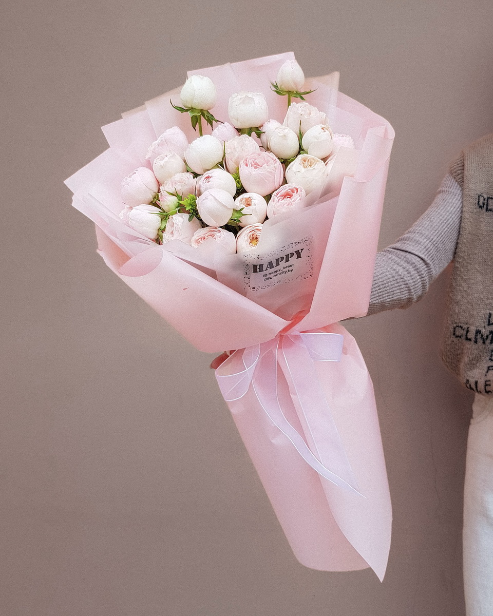 букет из пионовидных роз в Бресте с доставкой